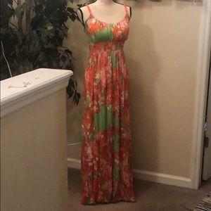 Long super sweet patterned dress